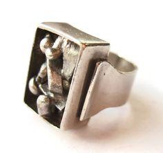 Vintage Swedish sterling silver modernist ring, Scandinavian silver 1969, mid century brutalist 60s design, space age atomic minimalist. https://www.etsy.com/listing/261471777/vintage-swedish-sterling-silver