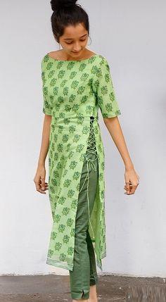 Salwar Designs, Silk Kurti Designs, Simple Kurta Designs, Kurta Designs Women, Kurti Designs Party Wear, Latest Kurti Designs, Long Kurta Designs, Kurti Back Designs, Churidhar Neck Designs