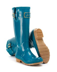Joules null Womens Glossy Welly, Millpond Blue.                     When it comes to quality and detail these wellies are one step ahead. Perfect for town and country, they are designed to be more fitted and built to last season after season.