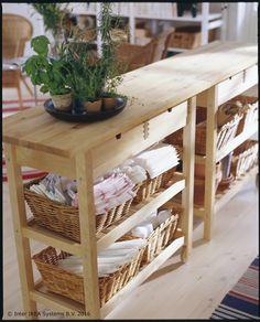 [TJEDNA PONUDA] FÖRHÖJA kuhinjska kolica praktično su rješenje za odlaganje i dodatni radni prostor. :) www.IKEA.hr/posebne_ponude Redovna cijena: 649,00 kn Snižena cijena: 399,90 kn * Ponuda vrijedi do 27. studenoga ili do isteka zaliha.