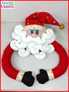 How to make a Santa Claus for the Tree Cup Grinch Christmas Tree, Christmas Door, Christmas 2016, Christmas And New Year, Merry Christmas, Christmas Ornaments, New Years Decorations, Christmas Decorations, Holiday Decor