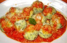 polpettine di spinaci e ricotta affogati al pomodoro