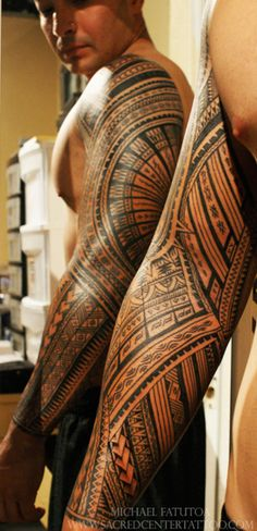 Mike Fatuota (Samoan Mike) in Vegas - this is beautiful polynesian design in the states. Might just have to save some skin for his chair.