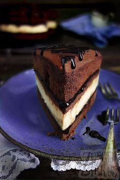 Unglaubliche Schokokäsetorte - Käsekuchen im Schokokuchen! Mit Schokosoße und Ganache! Cheesecake - Chocolate Rezept