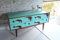 Mueble de los años 50 en formica.