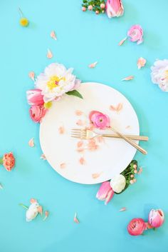 Flowers for Dinner | lovelyindeed.com