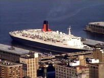 QE2 in NYC