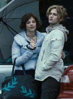 Twilight Saga- Jasper and Alice Alice Twilight, Jasper Twilight, Twilight Cast, Twilight Pictures, Twilight Series, Twilight Movie, Alice Cullen, The Cullen, Rosalie Hale