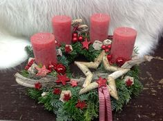 New No Cost big Advent Wreath Suggestions Several chapels number a great Advent-wreath-making affair upon the initial Sunday in the season. Christmas Advent Wreath, Christmas Table Decorations, Christmas Candles, Holiday Wreaths, Rustic Christmas, Winter Christmas, Christmas Time, Christmas Crafts, Xmas