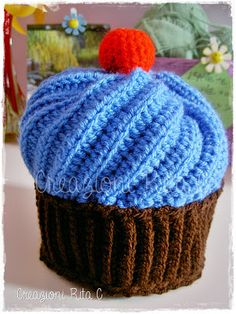 Creazioni Rita C. ... Only Handmade!: MAY CAL of JAM MADE CROCHET CAL and CRAFT  SWAP GROUP on FB - Cappello Cupcake a Uncinetto ...Con link Spiegazioni Gratis/ with link to free pattern