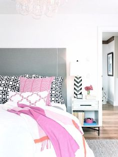 25 gorgeous bedroom decorating ideas - a modern mix of patterns and pops of color, + eclectic frame gallery wall