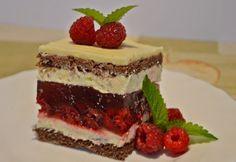 14 málnától roskadozó süti, ami csak úgy eteti magát | NOSALTY Hungarian Cake, Hungarian Recipes, Tiramisu, Ethnic Recipes, Food, Cakes, Drinks, Drinking, Beverages