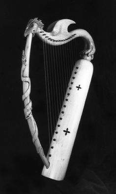 A small harp, a bit flashier than Aubrey's Dariole