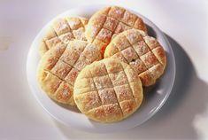 Kaura-perunarieskat (10 kpl), valmistusaika alle 60 min. Oat Flour, Bread Baking, Vegan Gluten Free, Waffles, Bakery, Food And Drink, Sweets, Snacks, Breakfast