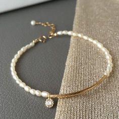 Jewelry Necklace 2020 Gold Filled Bracelet with Fresh Water Pearls Main View. Jewelry Necklace 2020 Gold Filled Bracelet with Fresh Water Pearls Main View Cute Jewelry, Pearl Jewelry, Jewelry Crafts, Wedding Jewelry, Gold Jewelry, Beaded Jewelry, Jewelry Bracelets, Jewelery, Jewelry Accessories