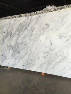 Super White Quartzite Left Vs White Pearl Quartzite
