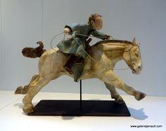 COURLIVANT-Galopeur de la steppe 1 - Galerie Jamault Sculptures, Lion Sculpture, Art 3d, Equine Art, Ceramic Clay, Motifs, Wood Carving, Pottery, Horses