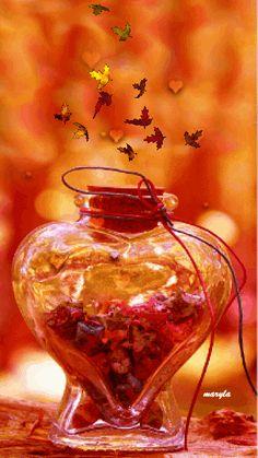 Love autumn bottle - анимация на телефон №1195515