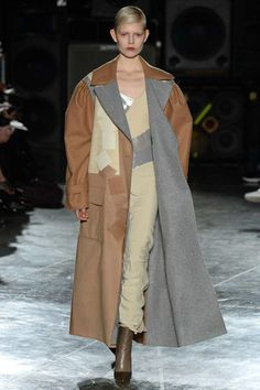 Jonathan Saunders Fall 2014 Ready-to-Wear Collection Slideshow on Style.com
