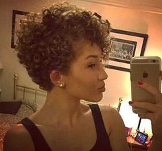 15 Lovely New Curly Pixie Hairstyles: #7.