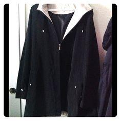 ☔️RainCoat☔️ Like new Jackets & Coats