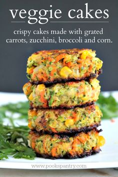Crispy, easy veggie cakes made with grated vegetables – carrots, zucchini, broccoli and corn. Great for lunches, side dish or your small picky eaters.  #vegetablerecipes #vegetarianrecipe #vegetarian #healthysidedish #vegetables