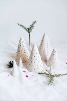 DIY Clay Candle Lantern Tutorial from Atilio. These DIY Candle Lanterns are made from air dry clay and lit by LED tea lights. (via diychristmascrafts) Cone Christmas Trees, Christmas Clay, Ceramic Christmas Trees, Christmas Projects, Holiday Crafts, Christmas Ornaments, Cone Trees, Christmas Lights, Holiday Tree