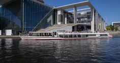 Spreefahrt durch den Berliner Sommer mit der Reederei Bruno Winkler