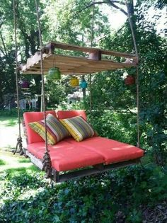 30 Fascinating Diy Outdoor Pallet Furniture Ideas For Your Dream House Pallet Furniture DIY diyoutd Dream Fascinating Furniture House ideas Outdoor Pallet Pallet Garden Furniture, Pallets Garden, Wood Pallets, Home Furniture, Furniture Ideas, Wooden Furniture, Furniture Online, Palette Patio Furniture, Outdoor Furniture
