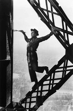 Google Image Result for http://www.visiongallery.com/images/Galleries/Marc%2520Riboud/Painter%2520on%2520Eifel%2520tower.JPG