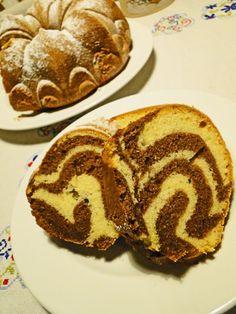 kudy-kam...: Jogurtová bábovka s pudinkem Czech Recipes, Pancakes, Muffin, Cooking, Breakfast, Sweet, Desserts, Czech Food, Kitchen