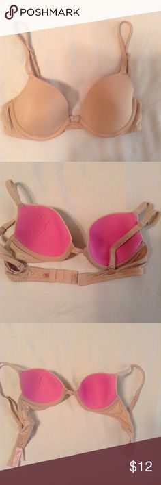 PINK 32A Demi Bra Wear everywhere Demi/Demi-Buste. Middle between cups is alittle stretched. PINK Victoria's Secret Intimates & Sleepwear Bras