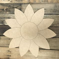 Sunflower, Unfinished Wooden Cutout Craft, Paint by Line - Wooden diy Wooden Cutouts, Wooden Shapes, Wooden Crafts, Wooden Diy, Diy Crafts, Paper Crafts, Simple Crafts, Yarn Crafts, Fabric Crafts