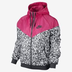 ISO Nike Windbreaker Wanting a Nike Windbreaker in a medium/large! Sporty Outfits, Nike Outfits, Swag Outfits, Nike Windrunner, Windrunner Jacket, Printed Bomber Jacket, Print Jacket, Cute Jackets, Jackets For Women