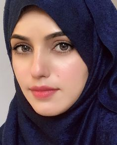 Beautiful Muslim Women, Most Beautiful Indian Actress, Beautiful Hijab, Beautiful Ladies, Beautiful Eyes, Arab Girls Hijab, Muslim Girls, Hijabi Girl, Girl Hijab
