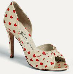 Alice + Olivia 'Gigi' Pump (Online Only) from Nordstrom. Saved to Shoes, Shoes and.more shoes. Hot Shoes, Crazy Shoes, Me Too Shoes, Shoes Heels, Strappy Shoes, Pretty Shoes, Beautiful Shoes, Pumps, Chic Chic