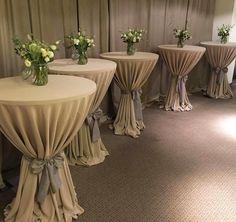 """Polubienia: 25, komentarze: 1 – Ceremonia Dekoracje Poznań (@teamceremonia) na Instagramie: """"#wynajemobrusów #wedding #flowers #teamceremonia #hotelremes #dekoracjeslubne"""""""