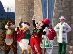 "The 2012 Walt Disney World ""Celebrate The Season"" Christmas Show (in HD) - YouTube"