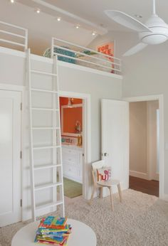 Cute loft bed ideas cute bunk beds for teenage girls beautiful teen girls stylish bedroom with Bunk Beds Small Room, Bunk Beds With Stairs, Kids Bunk Beds, Small Rooms, Girl Loft Beds, Small Spaces, Teenage Girl Bed, Teen Girl Rooms, Girl Bedrooms
