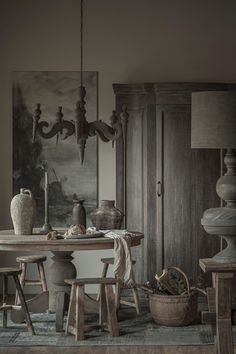 Rustic shades of grey Earthy Decor, Rustic Decor, Deco Champetre, Interior And Exterior, Interior Design, Home And Deco, Rustic Industrial, Rustic Interiors, Rustic Style