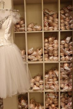 Every ballet dancer dream to have all of those pointe shoes. trust me, cuz ik I did and I still do:) Ballet Pictures, Ballet Photos, Dance Photos, Dance Pictures, Tutu Ballet, Ballet Dancers, Ballet Room, Ballet Studio, Grands Ballets Canadiens