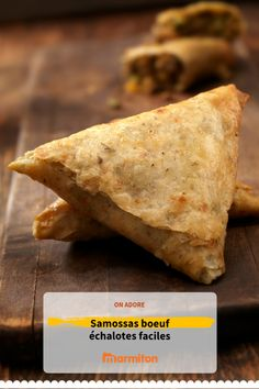 Delicious beef samosas shallots easy to make, you can accompany them with a green salad for example Source by marmiton Samosas, Shrimp Fritters, Fast Food, Savory Snacks, Mo S, Yummy Cookies, Carne, Delicious Desserts, Brunch