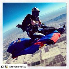 #Repost @kirbychambliss ・・・ Congrats @lukeaikins on #heavensent #epicsuccess #GoPro #wingsuitrodeo #InfinityRigs  #Velocity_sports_equipment