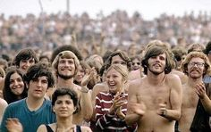 refresh ask&faq archive theme Welcome to fy hippies! This site is obviously about hippies. There are occasions where we post things era such as the artists of the and the most famous concert in hippie history- Woodstock! Woodstock Hippies, Woodstock Music, Woodstock Festival, Bethel New York, Favourite Festival, Hippie Love, 1970s Hippie, Jazz Musicians, Finals