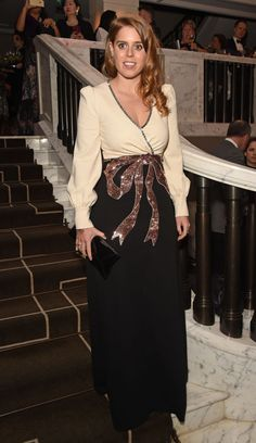 Princess Beatrice attended the Annual Global Gift Gala held at The Rosewood Hotel on Friday (November in London. She wore a Gucci Pre-Fall 2018 gown. Princess Eugenie And Beatrice, Sarah Duchess Of York, Royal Uk, Famous Celebrities, Royal Fashion, Well Dressed, Fashion Beauty, Style Fashion, Dress To Impress