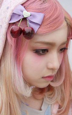 All pink eyeshadow. ☆彡