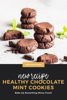 If you have an affinity for a certain type of minty-chocolate cookies, we think you'll LOVE this recipe. Made with natural sweeteners and some of Mother Earth's best superfoods, these Chocolate Mint Cookies will help you forget other options even exist. Try these healthy and delicious treats now... New Recipes, Snack Recipes, Dessert Recipes, Healthy Treats, Yummy Treats, Best Superfoods, Chocolate Mint Cookies, Wonderful Recipe, Healthy Chocolate