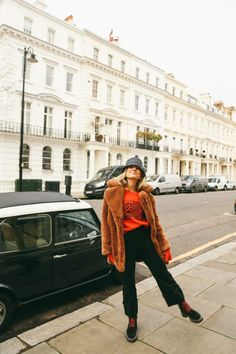 How to Not Look Boring While Beating the Cold Balenciaga Jumper, Yves Saint Laurent, Fashion Me Now, Fashion Tips, Black Parka, Red Boots, Shades Of Black, Lounge Wear, Bucket Hat