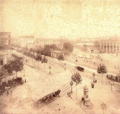 ESPAÑA | Barcelona de siempre | Barcelona eterna - Page 39 - SkyscraperCity Qué loco... tranvías sin caballos versus tranvías a caballo... ese pequeños vehículo sobre rieles (sin caballos) que se ve, a la derecha, es un tranvía ¿verdad? 1890