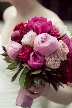 Gorgeous Pink Wedding Flowers - http://www.pinkous.com/wedding-ideas/gorgeous-pink-wedding-flowers.html